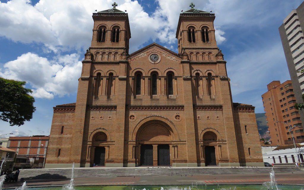 Catedral Basílica Metropolitana: Medellín's Largest Church
