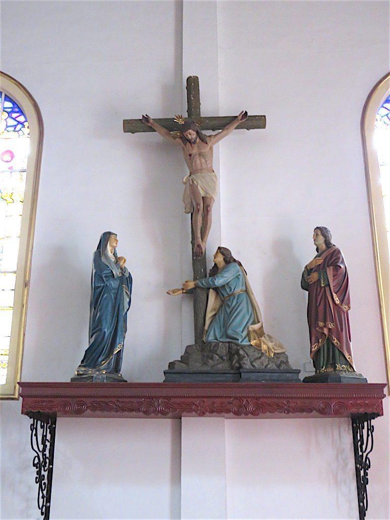 Religious artwork in Iglesia de Santa Ana