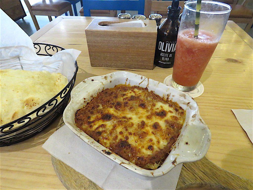 Bolognese Lasagna at Pizzería Olivia
