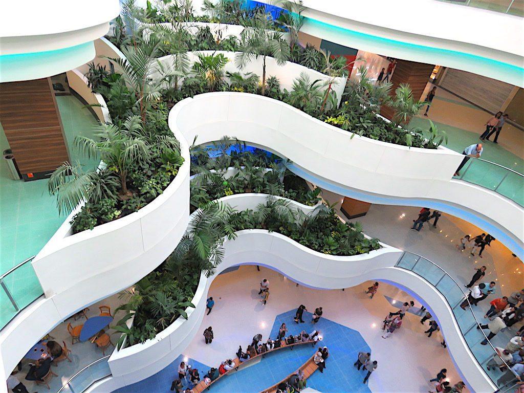 Inside Centro Comercial La Central looking down