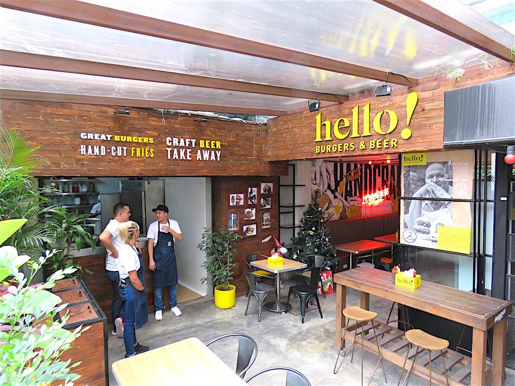 Hello Burgers and Beer on Carrera 43D in Manila barrio of El Poblado - now closed