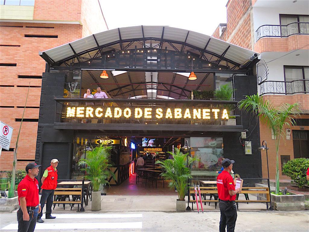 Mercado de Sabaneta, near Parque Sabaneta