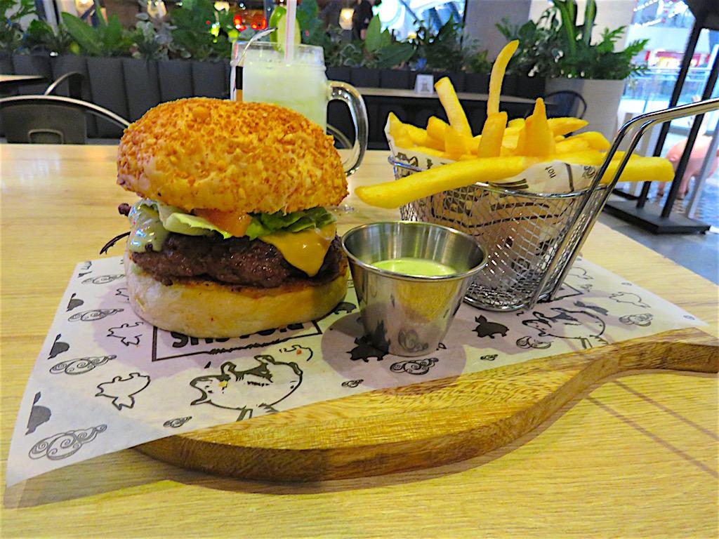 The Piggy cheese burger for 17,000 pesos